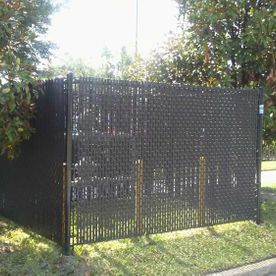Boxed chainlink fence