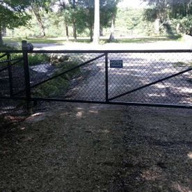 Short chainlink fence